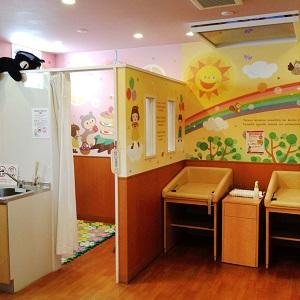 アシュメリー店舗風景授乳室