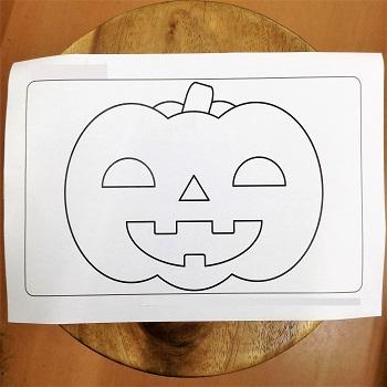 かぼちゃのぬり絵をしよう